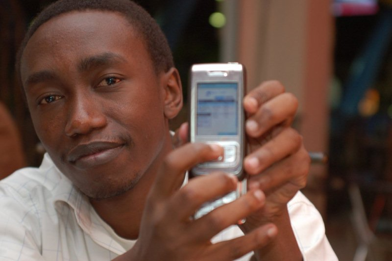 Mobile%20Pic %20Africa%203